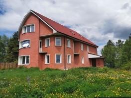 Коттедж, 377  м², 3 этажа, участок 8 сот.