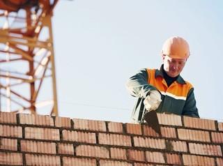 Недостаток господдержки может привести строителей Алтайского края к серьезному кризису