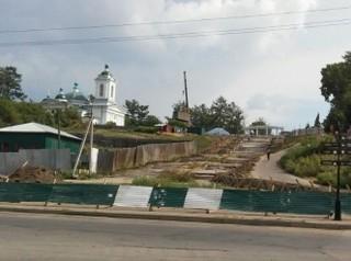 В Иркутске приступили к ремонту Иерусалимской лестницы