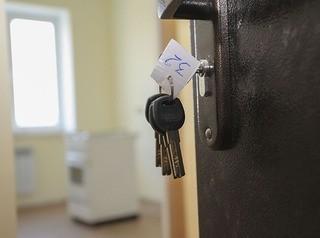 Депутаты предлагают выдавать детям-сиротам сертификаты на жилье