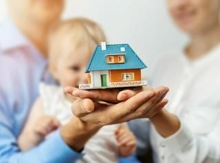 Купленные на материнский капитал квартиры невозможно будет продать, не выделив доли детям