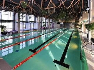 Бизнес-центр «Баланс» с бассейном на 24-м этаже начал работу