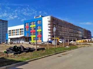 Семь новых школ построят за два года в Омской области
