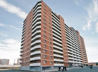 Дольщикам проблемного ЖК «Фаворит» на Ключевской вручили ключи от квартир