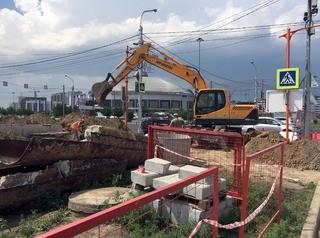 Начались работы на площадках строительства алюминиевых пешеходных мостов