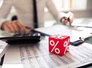 Процентные ставки по льготной ипотеке снизил еще один банк