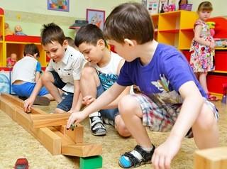 В детсадах Барнаула в этом году создадут 1956 новых мест