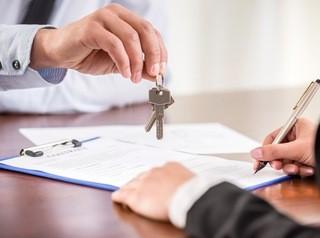 Покупателей защитят от риска купить квартиру недееспособного продавца