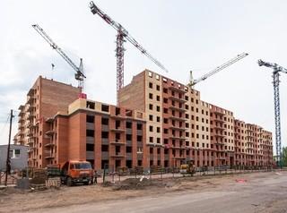 Эксперты говорят о необходимости значительно снизить объемы строительства