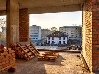 Аварийные дома возле квартала урбан-вилл на Никитина расселят до конца 2021 года