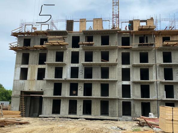 Ход строительства 8 июля 2021. Блок-секция 5