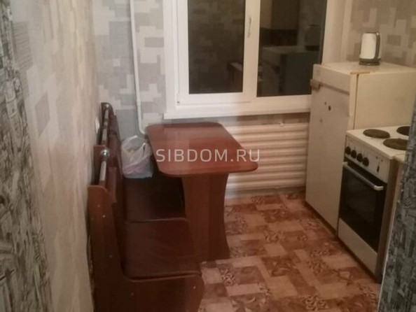 Сдам в аренду 1-комнатную квартиру, 37 м², Барнаул. Фото 1.