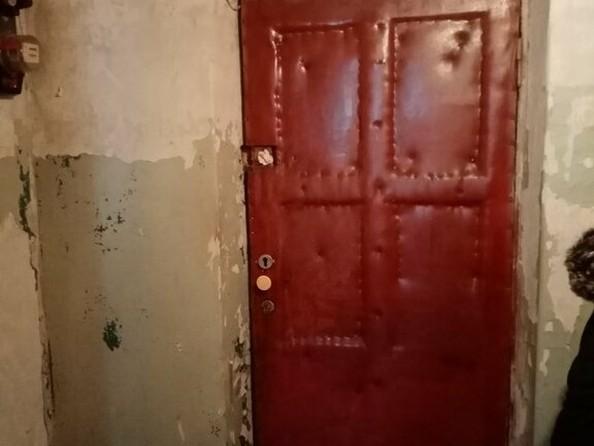Продам 2-комнатную, 37 м², Виктора Петрова ул. Фото 4.