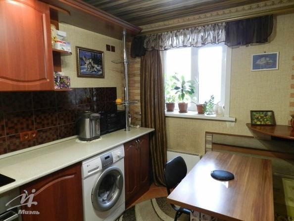 Продам 2-комнатную, 43.3 м², Юрина ул, 186. Фото 3.