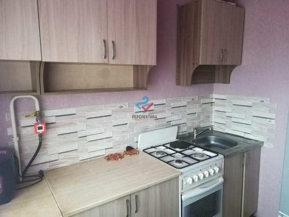Продам 2-комнатную, 42 м², Громова ул, 24. Фото 1.