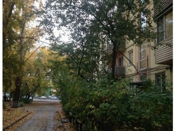 Продам 3-комнатную, 50 м², Коммунарский пер, 19. Фото 1.