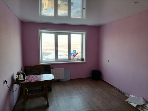 Продам 3-комнатную, 66 м², Льнокомбинат ул, 10. Фото 4.