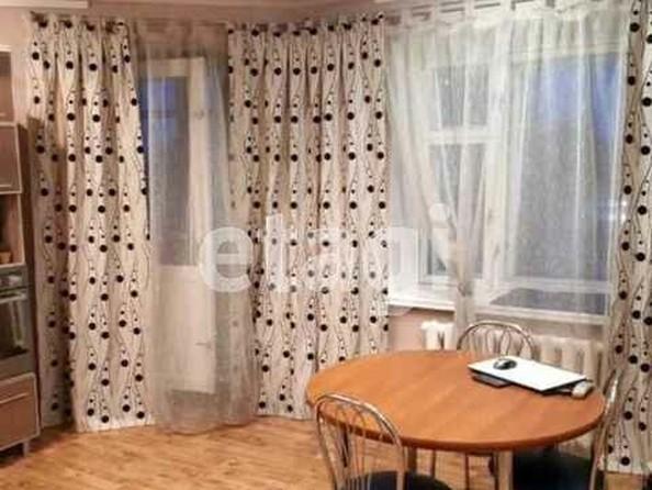 Продам 3-комнатную, 93.8 м², Вагоностроительная ул, 16. Фото 3.