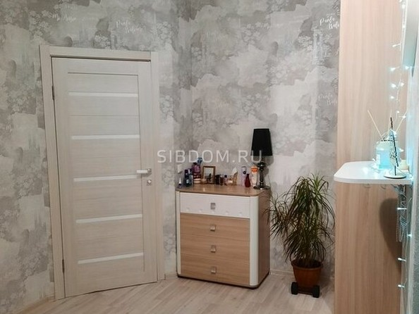 Продам 2-комнатную, 46.8 м², Балтийская ул, 95. Фото 3.