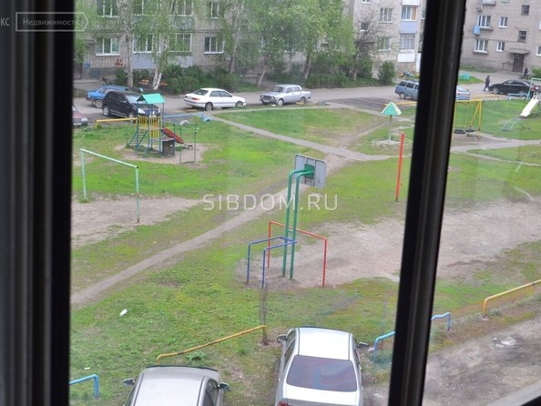 Продам 3-комнатную, 59 м², Гагарина ул, 22. Фото 3.