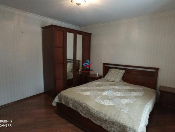 Продам 3-комнатную, 64.5 м², Ударника ул, 24. Фото 3.