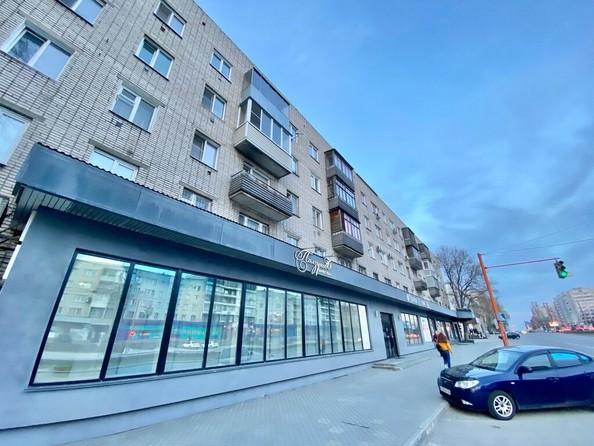 Продам 3-комнатную, 59 м², Красноармейский пр-кт, 112. Фото 2.