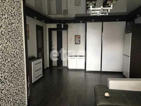 Продам 1-комнатную, 42 м², Малахова ул, 150. Фото 1.
