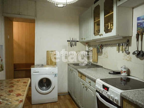 Продам 4-комнатную, 71 м², Шумакова ул, 38. Фото 5.