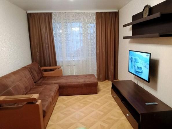 Сдам посуточно в аренду 2-комнатную квартиру, 52 м², Барнаул. Фото 1.