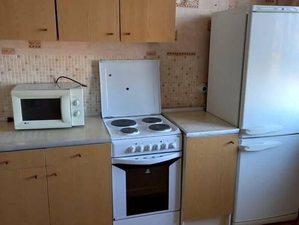 Сдам в аренду 1-комнатную квартиру, 38 м², Барнаул. Фото 2.