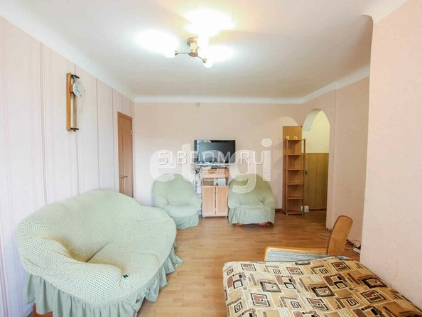 Продам 2-комнатную, 44 м², Гагарина ул, 20. Фото 3.