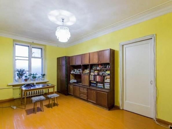 Продам 3-комнатную, 74.6 м², Победы пр-кт, 10. Фото 2.
