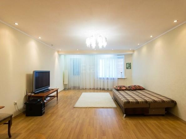 Продам 2-комнатную, 86 м2, Профсоюзная ул, 35. Фото 1.