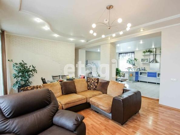 Продам 3-комнатную, 121.8 м2, Комсомольская ул, 21. Фото 3.