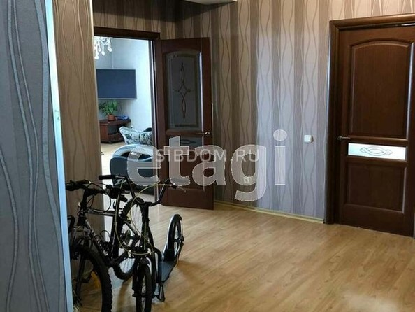 Продам 3-комнатную, 96.3 м², Бабушкина ул, 180. Фото 5.
