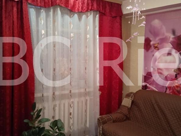Продам 2-комнатную, 47 м2, Комарова ул, 3. Фото 5.