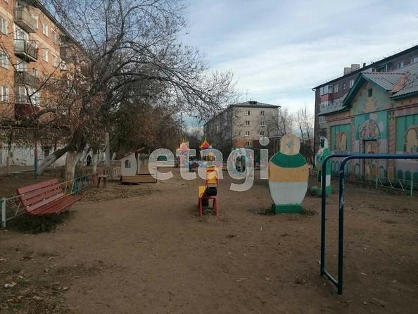 Продам 2-комнатную, 43 м2, Комсомольская ул, 40. Фото 3.