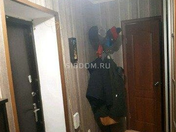 Продам 2-комнатную, 46 м2, Хахалова ул, 3А. Фото 1.