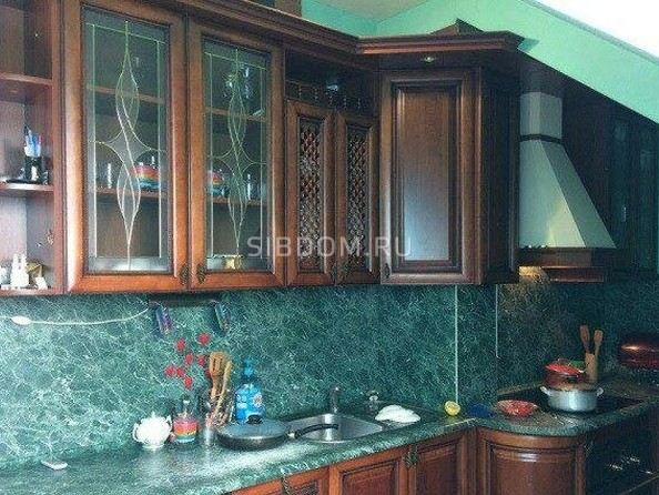 Продам 4-комнатную, 131 м2, Ключевская ул, 144. Фото 3.