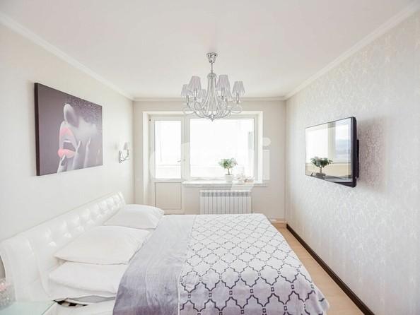 Продам 4-комнатную, 98.4 м², Яковлева ул, 17. Фото 2.