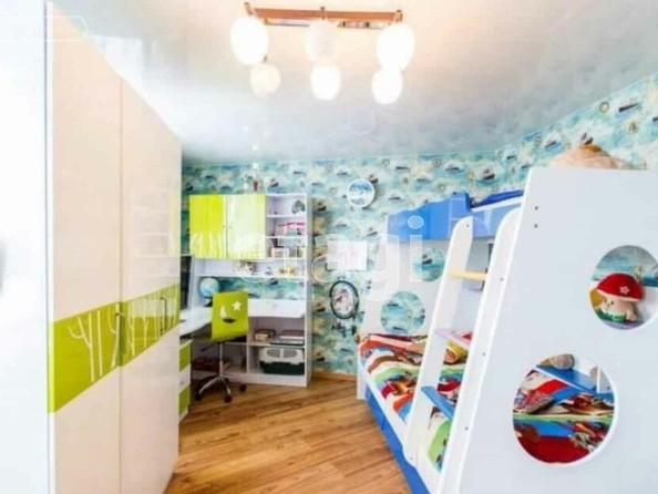 Продам 3-комнатную, 98 м², Ключевская ул, 144. Фото 3.