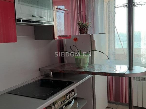 Продам 2-комнатную, 47.7 м2, Розы Люксембург ул, 353. Фото 7.