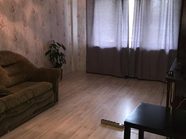 Продам 3-комнатную, 58 м2, 15 мкр, 5. Фото 3.