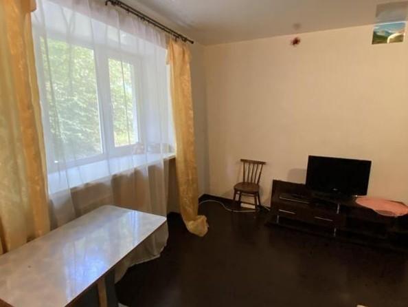 Продам 3-комнатную, 56.7 м2, Октябрьская ул (Листвянка рп), 3. Фото 4.