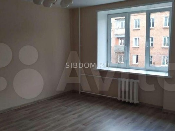Продам 1-комнатную, 32 м², Декабрьских Событий ул, 103Б. Фото 3.