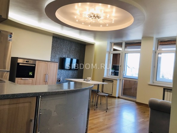 Продам 4-комнатную, 96 м², Лермонтова ул, 279/1. Фото 2.