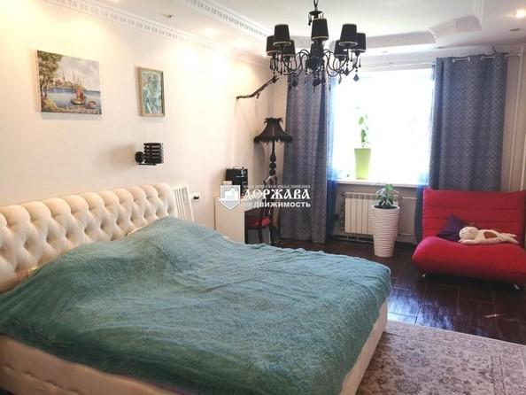 Продам 3-комнатную, 99.6 м², 9 Января ул, 1Б. Фото 11.