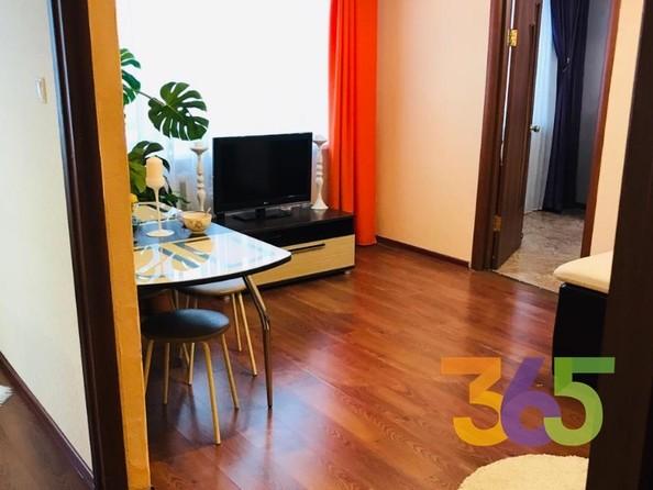 Продам 2-комнатную, 46 м2, Сибиряков-Гвардейцев ул, 308. Фото 1.