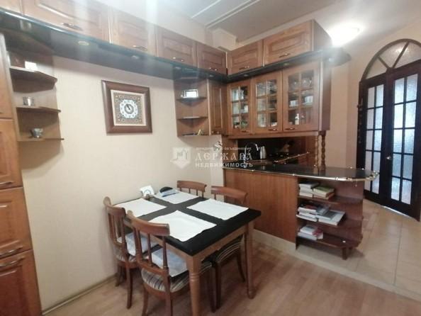 Продам 4-комнатную, 129.7 м², Весенняя ул, 15. Фото 12.