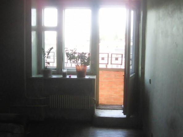 Продам 1-комнатную, 33 м2, Динамовцев ул, 4. Фото 2.